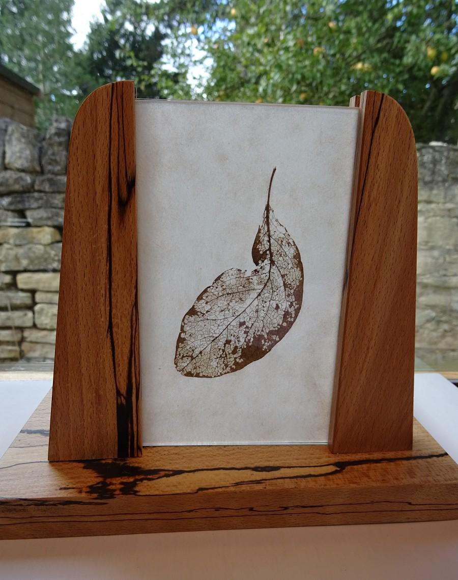 skeleton leaf stand(1).JPG