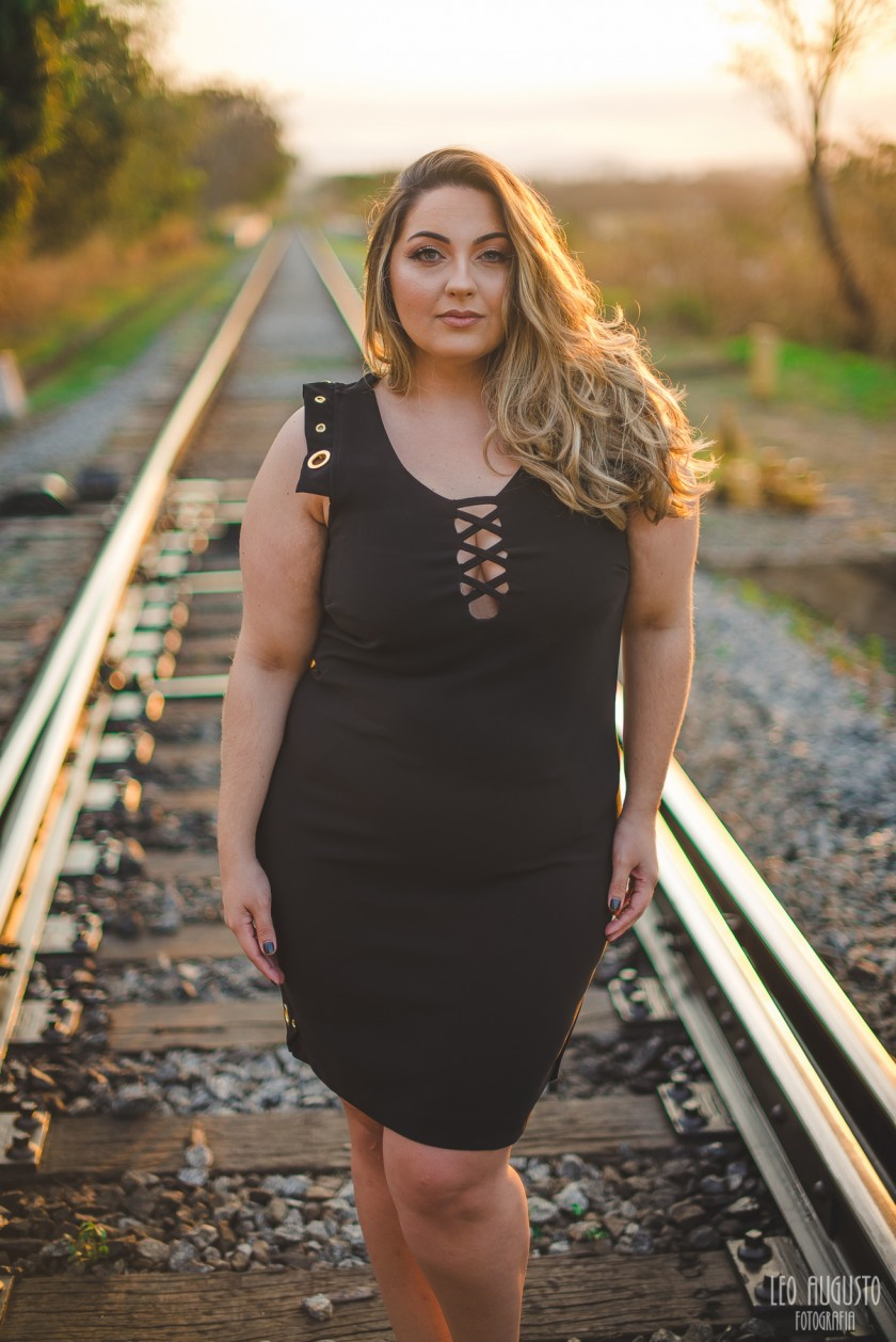 vestido-preto-plus-size-xz-goiania-debora-fernandes-plus-15.jpg