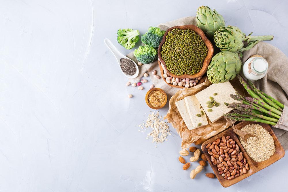 8 - Consuma mais plantas (aqui vale acrescentar refeições vegetarianas na semana, plantar uma horta, usar temperos fresco ou ingerir mais chás)