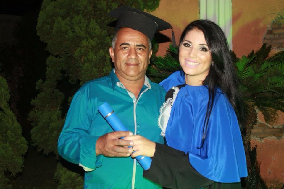 Cassiana Mendonca . e seu pai .  Saudades do meu paizinho !!!!! Coração está lá em MG hoje !!!!!❤️