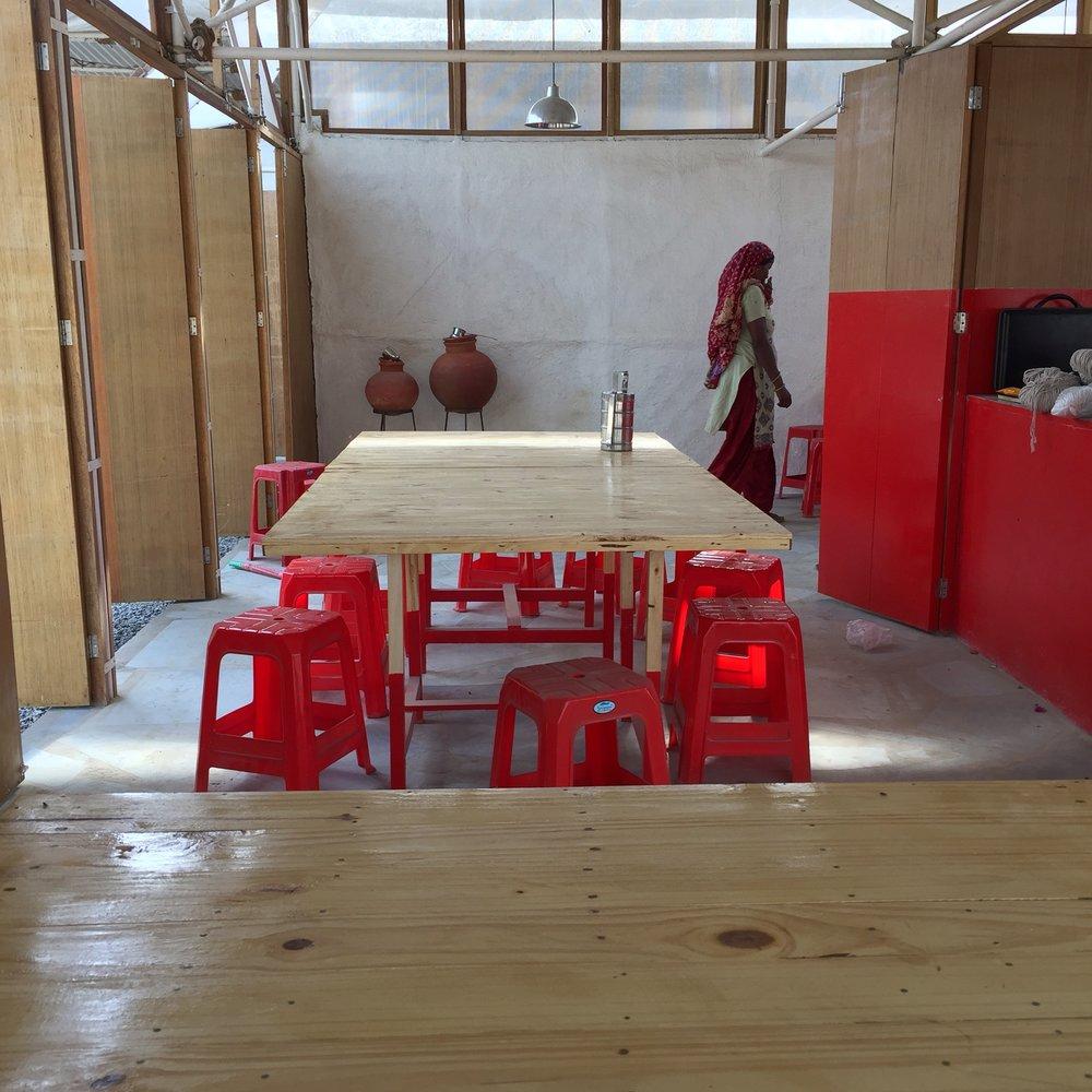 Binsar Canteen.JPG