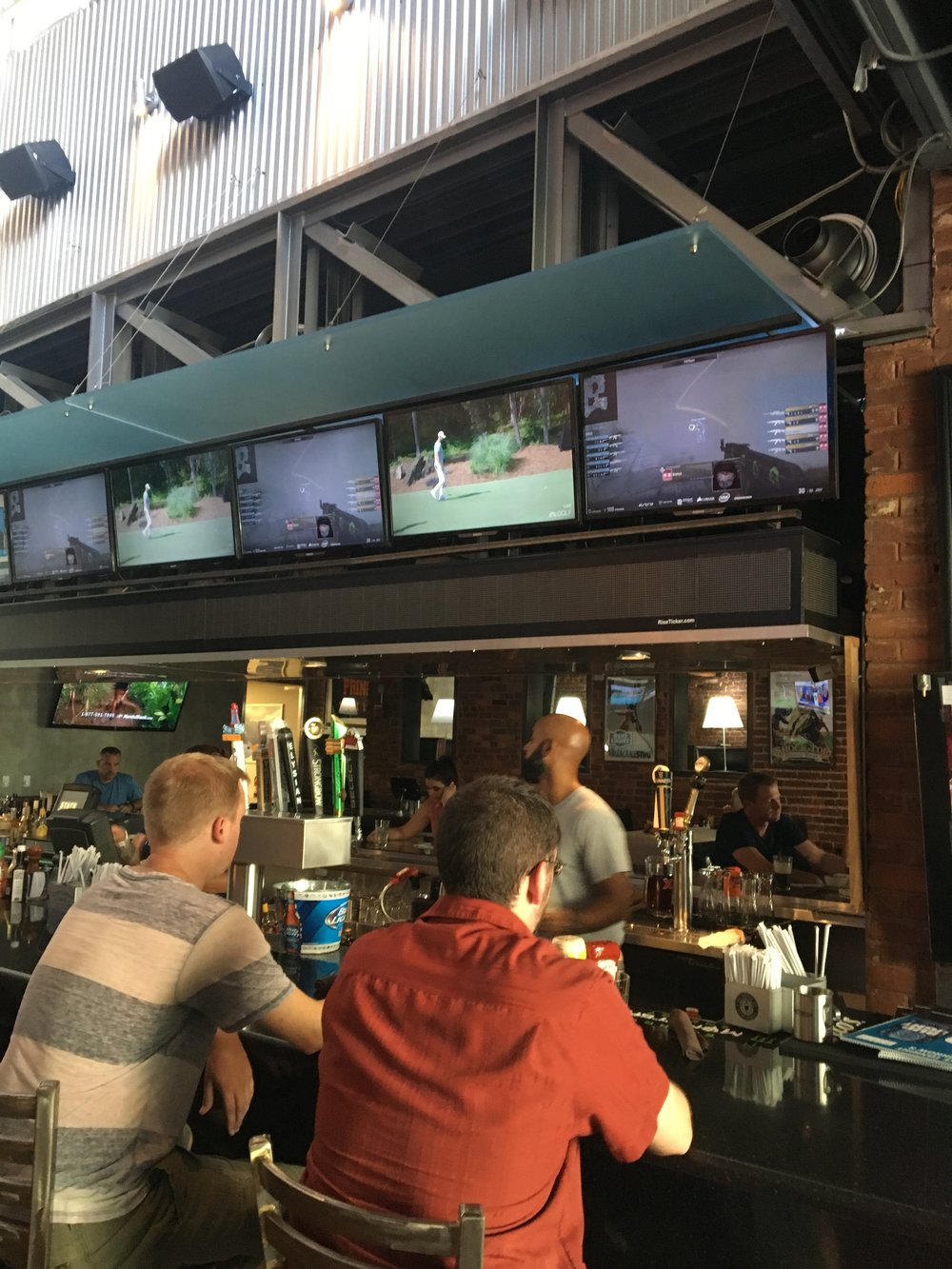 DreamHack Atlanta Shown in Local Bars (Photo: Twitter)