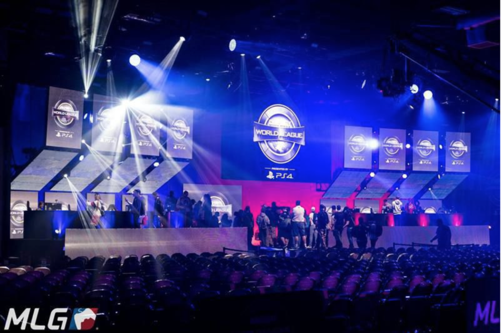 Players and Crew Clearing the CWL Dallas Venue (Photo: MLG)
