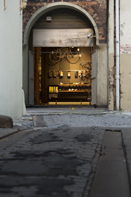 CSC-clarence street cyclery laneway doorway RDO BB.jpg
