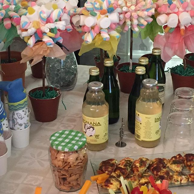 YES, Limonana is always on the table! #catering #cateringevent #torontocatering #torontocaterers #cateringtoronto #organic #organicbeverages #healthycatering #healthybeverage