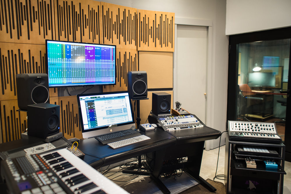 Alessandro Mastroianni - Composer and Sound Designer - Studio