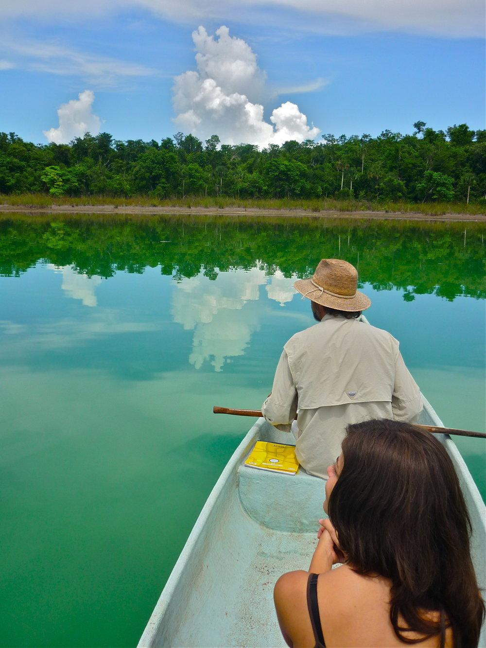 Canoe Punta laguna