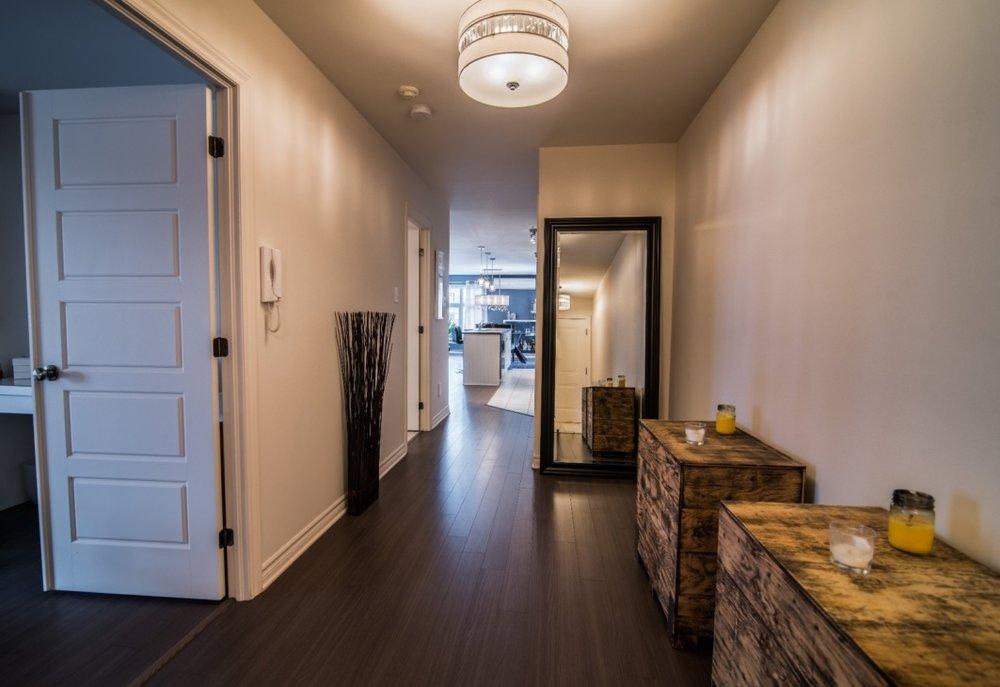 hallway-6135-rue-de-lusa-app-5-brossard-qc.jpg