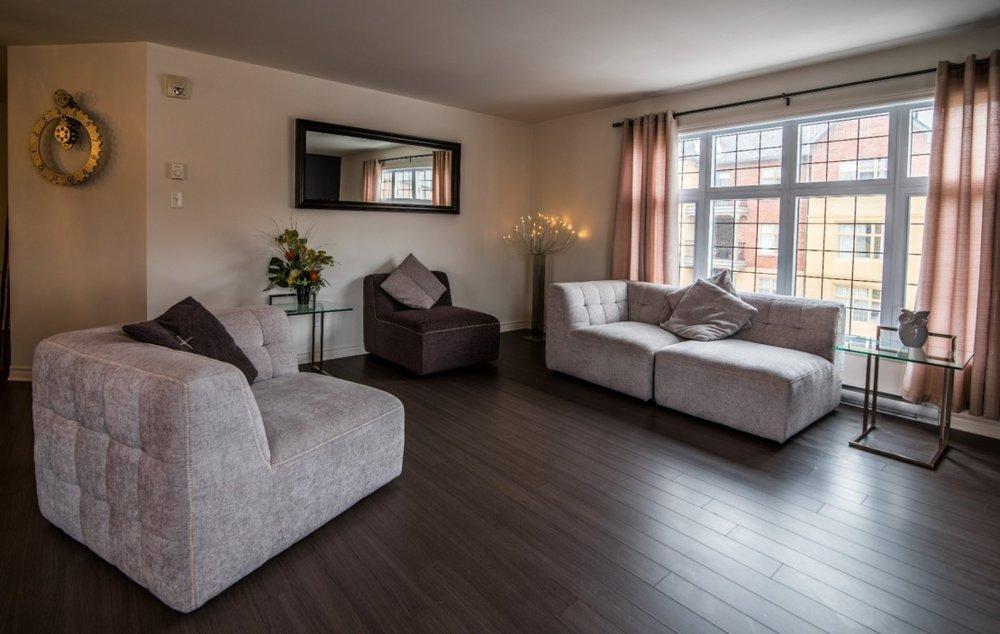 living-room-view-6135-rue-de-lusa-app-5-brossard-qc.jpg