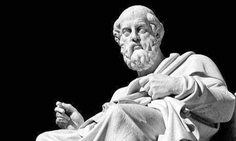 Una estatua tributo a Platón. El filósofo confundió a su filósofo-rey con Dionisio el jóven de Siracusa, hijo del primer Dionisio que gobernó la ciudad, y vivió toda una temporada de frustración durante el tiempo que estuvo en la corte del segundo tirano de Siracusa.