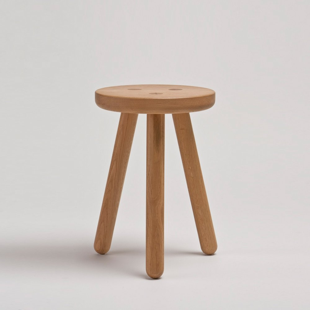 another-country-stool-one-oak-natural-001_b069fb13-85a5-47a6-ab04-d729d922894d.jpeg