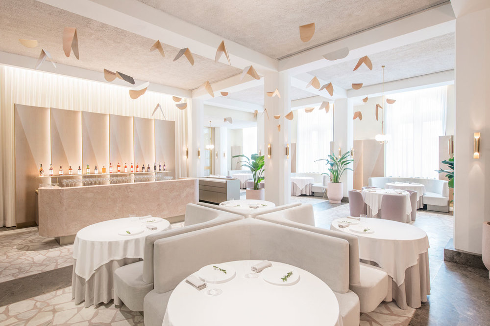 Odette-Restaurant-Singapore-by-Universal-Design-Studio-Yellowtrace-03.jpg