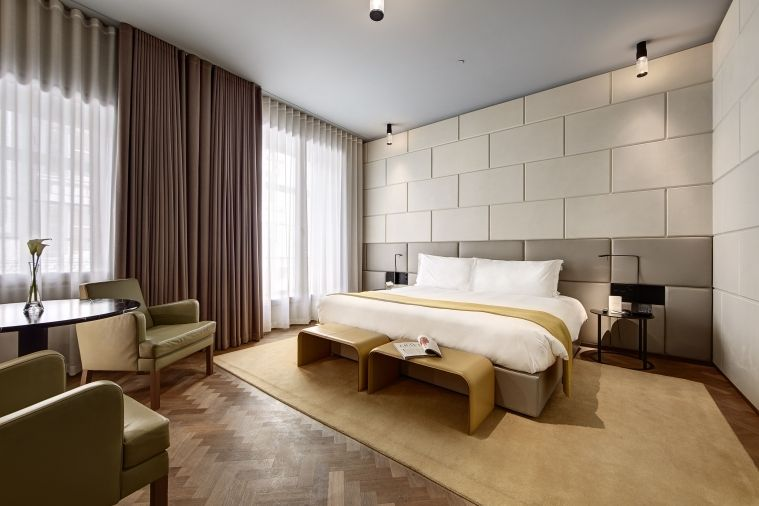 Hotel-Cafe-Royal---Grand-Deluxe-Guestroom-1.jpg