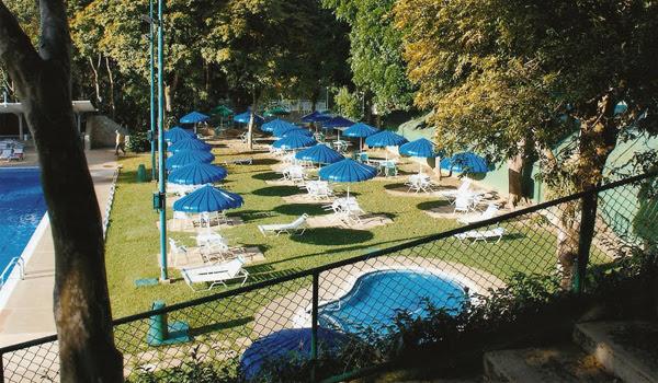 piscina_cafetin.jpg