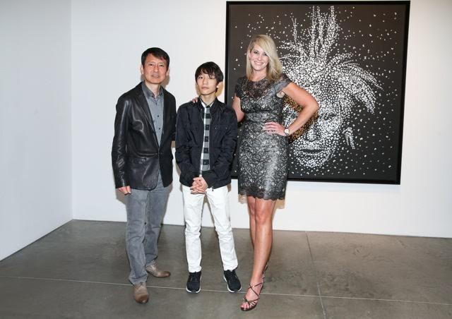 Sarah Hasted and artist Kim Dong Yoo