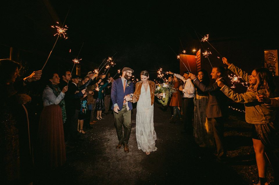 sparklersendoff_kgwedding.jpg