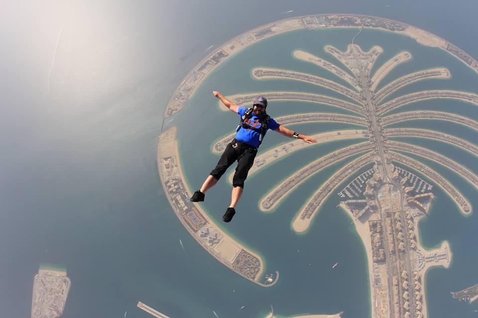 Dubai hat 2.jpg