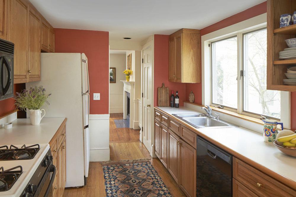 1_sparks_st_kitchen.jpg