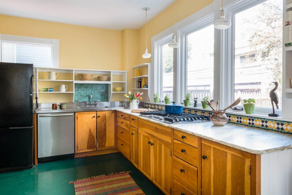 kitchen 1 hi.jpg