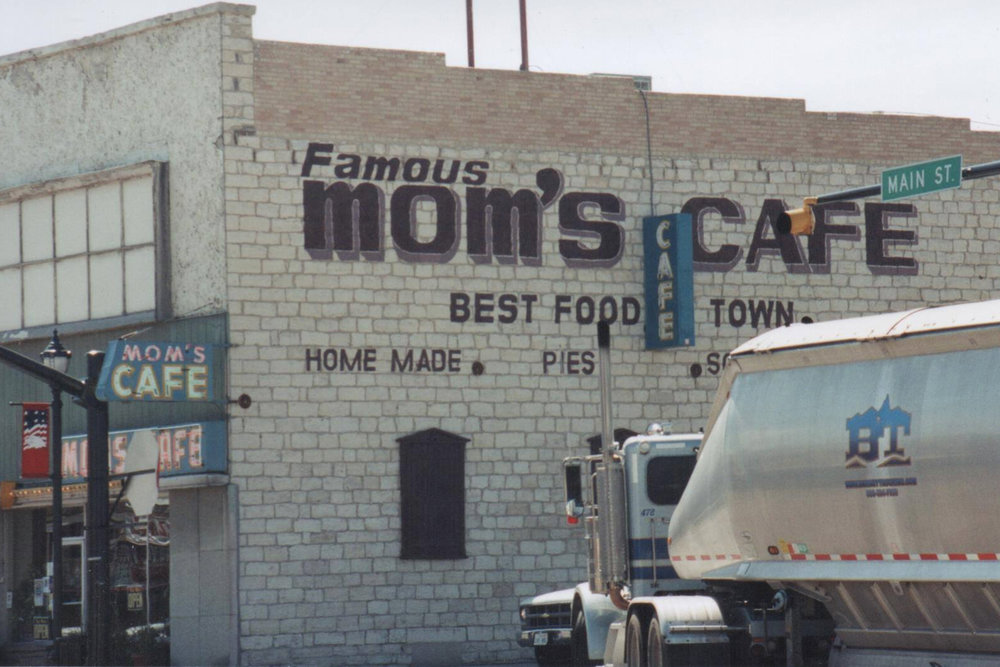 "Where else would you go for ""the best food in town"" than to Mom's? Signs don't have to be fancy -- but they do have to be easy to see and read!"
