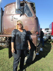 Tait and Kate truck show 02 web.jpg