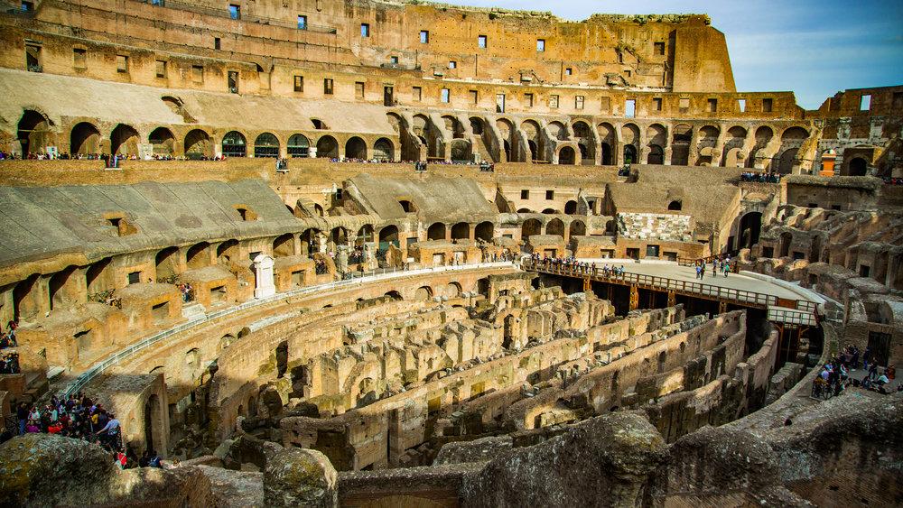 Colosseum inside.jpg