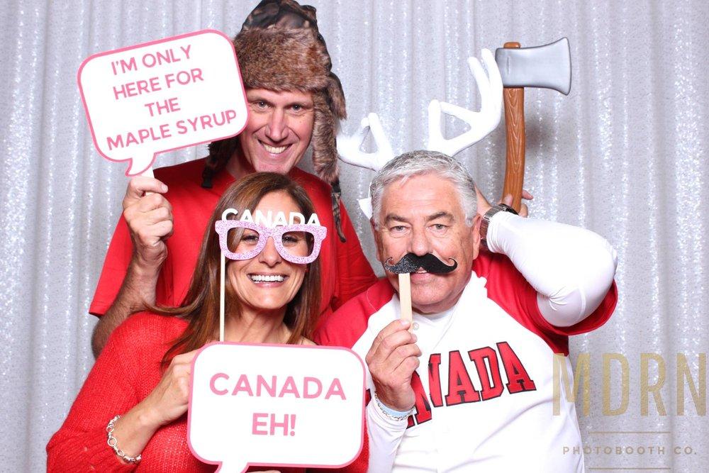 Canadiana Photobooth Ideas