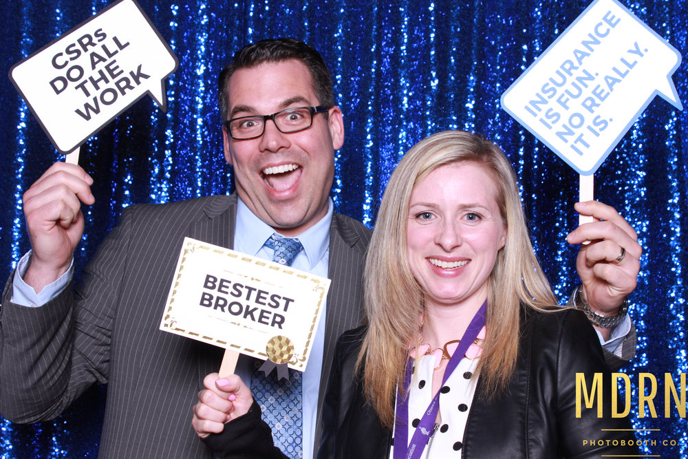 MDRN_PHOTO_BOOTH_LIVE_OTTAWA_SINGLES-661_web