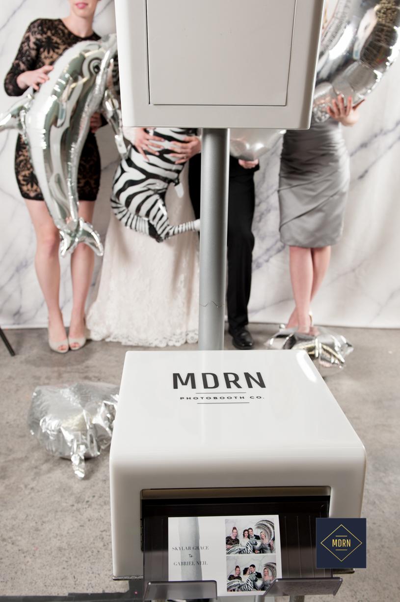 modern photo booth toronto