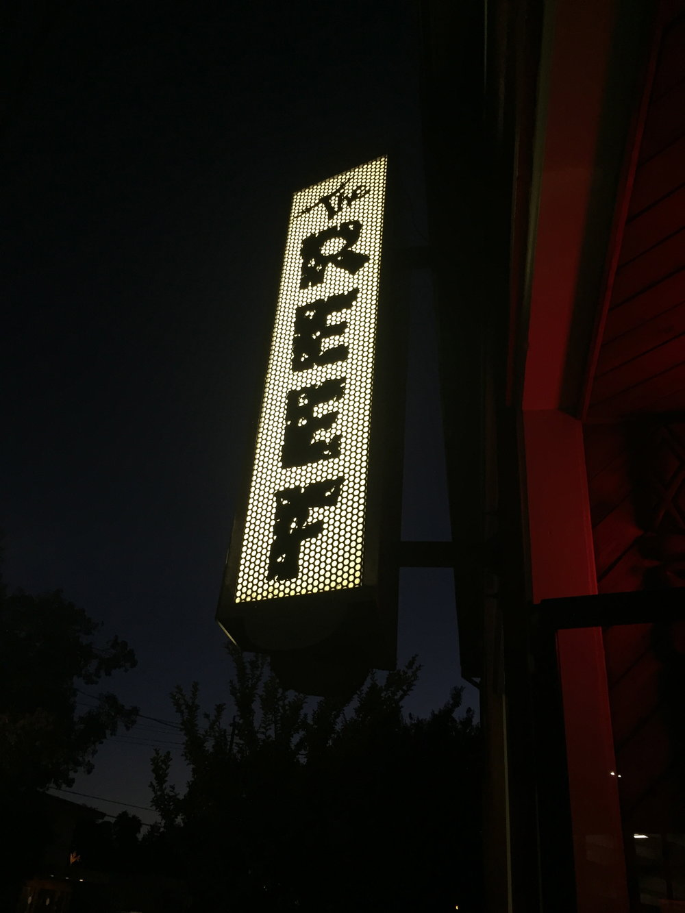 The reef, Hawaiian restaurant and bar,