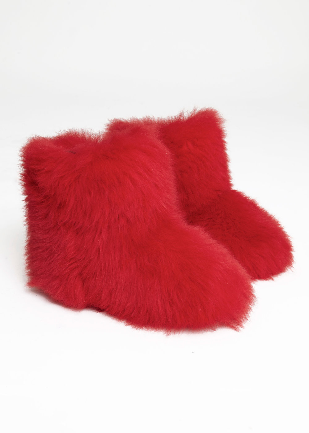 RED EX-UGG LONG HAIR MERINO SNOW BOOT