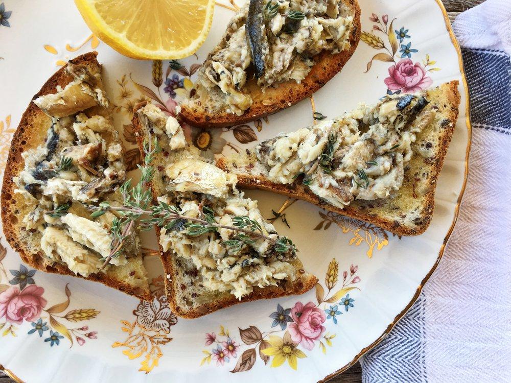 Lemon-Thyme-Sardines.jpg