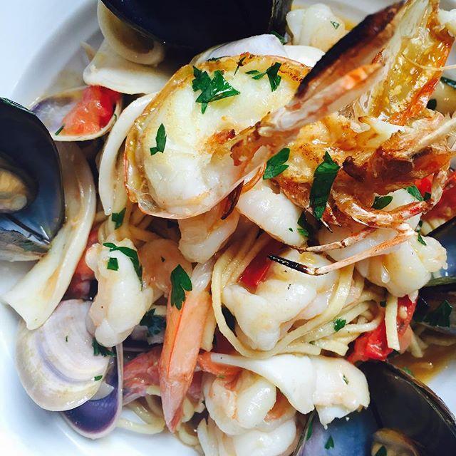 How lucky to be your official taster, tagliolini allo Scoglio for tonight's first Italian night for 2016. #bosslunch #italiannight #monday #grandrichmond