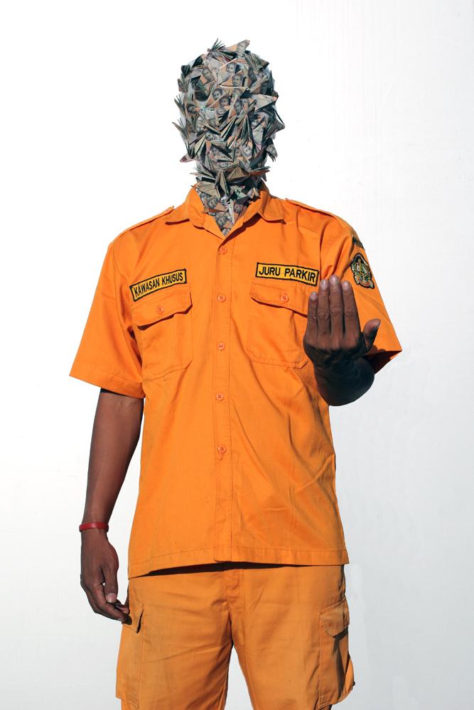 Artist: Jim Allen Abel, Indonesia    Title: Self Portrait - PARKIR Medium: c-print paper on d-bond & plexiglass   Dimension: 100 cm x 150 cm Edition: 3 + 2 AP    Year:2011