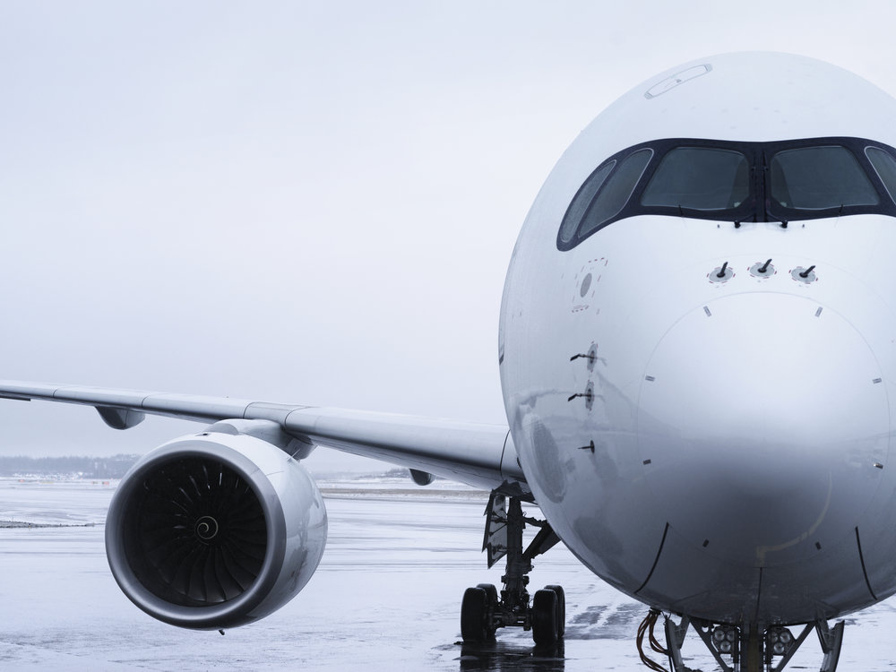 Finnair_A350_detail_nose_and_wing.jpg