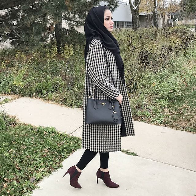 Loving this weather✨ outfit is tagged loves❤️ . . . . . . . . . . . #chichijab#modestmovement#hijabstyleicon#hijabbeauty#portraitphotography#hijabfashioninspiration#modeststreetfashion#modestroute#hijabstyle_lookbook#modestfashion#hijabmodern#hijabstyle#modestclothing#hijabtrend#lfl#nycblogger#blogger#hijabiblogger#modernfh#fashionhijabis#thehijabstyle#Pinterest#momblogger  #hijabfashion#hijabifashion#hijabibloggers#hijabstyleicon#hijabstylelookbook#hijabstyle