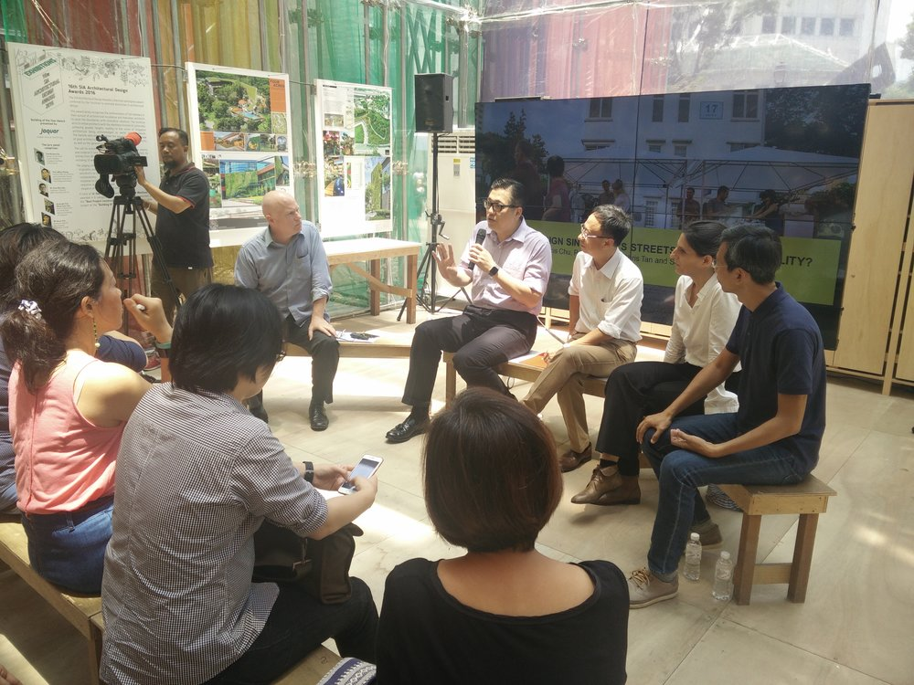 A lunch time panel discussion at the Archifest Pavilion about active mobility, 5th of October, 2016. Moderator, Prof Dr Stephen Cairns from the Future Cities Lab.Panellists:Lee Der-Horng, Professor at the Department of Civil and Environmental Engineering, National University of Singapore (NUS) -Chris Tan, Senior Transport Correspondent for The Straits Times -Schirin Taraz-Breinholt, Associate at WOHA,and Francis Chu, Co-Founder of Love Cycling Singapore.