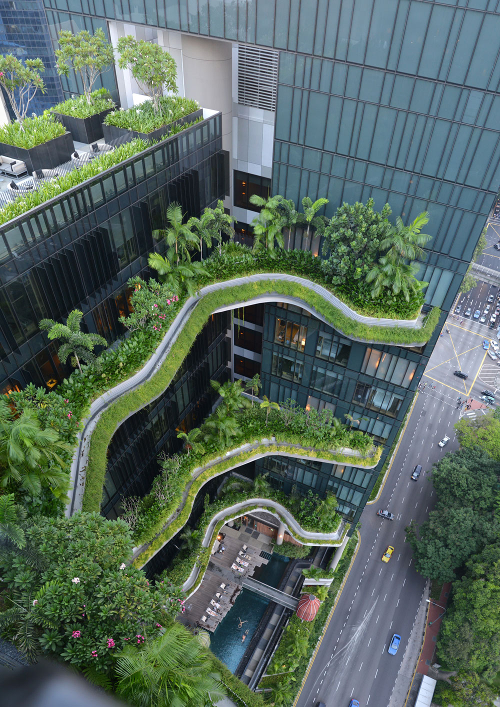 Park Royal, a hotel in the heart of Singapore is one of the most awarded works designed by Fanklin Po and his multidisciplinary team. Photo: PODesign / Tierra Design