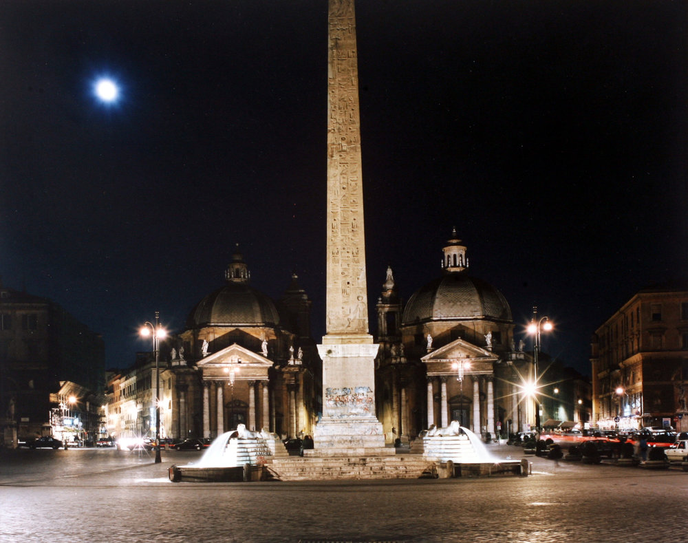 Photographica-FineArt_Ghirri_Piazza-del-Popolo_1990.jpg