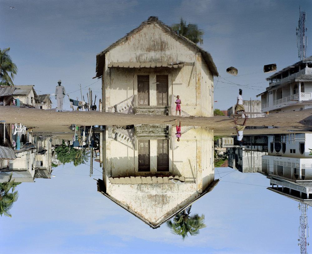 Galerie Dix9_Edith Roux_cercle senegalais_141x115cm_2016 Kopie.jpg