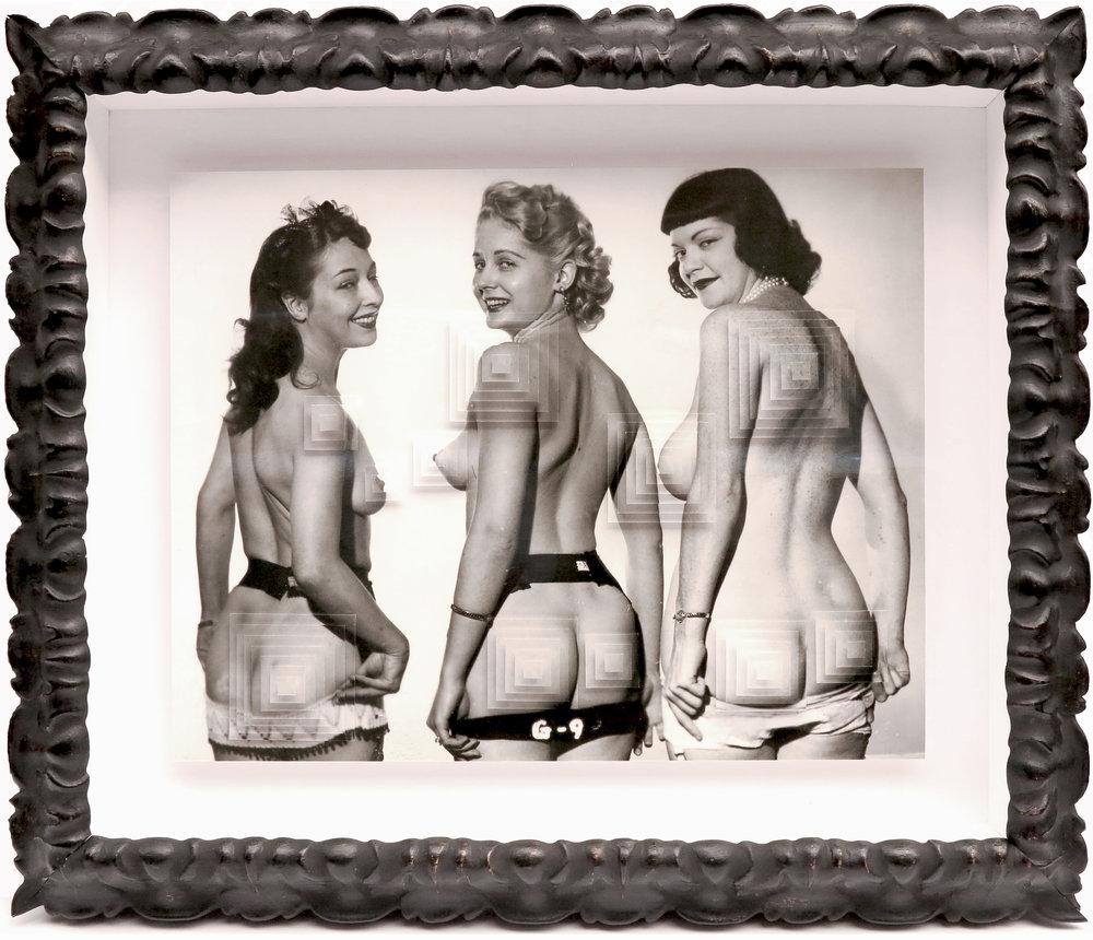 11. Galleria-l'Affiche_Alfred-Drago-Rens_Tre-civette-sul-comò#3_2015_50x59cm.jpg