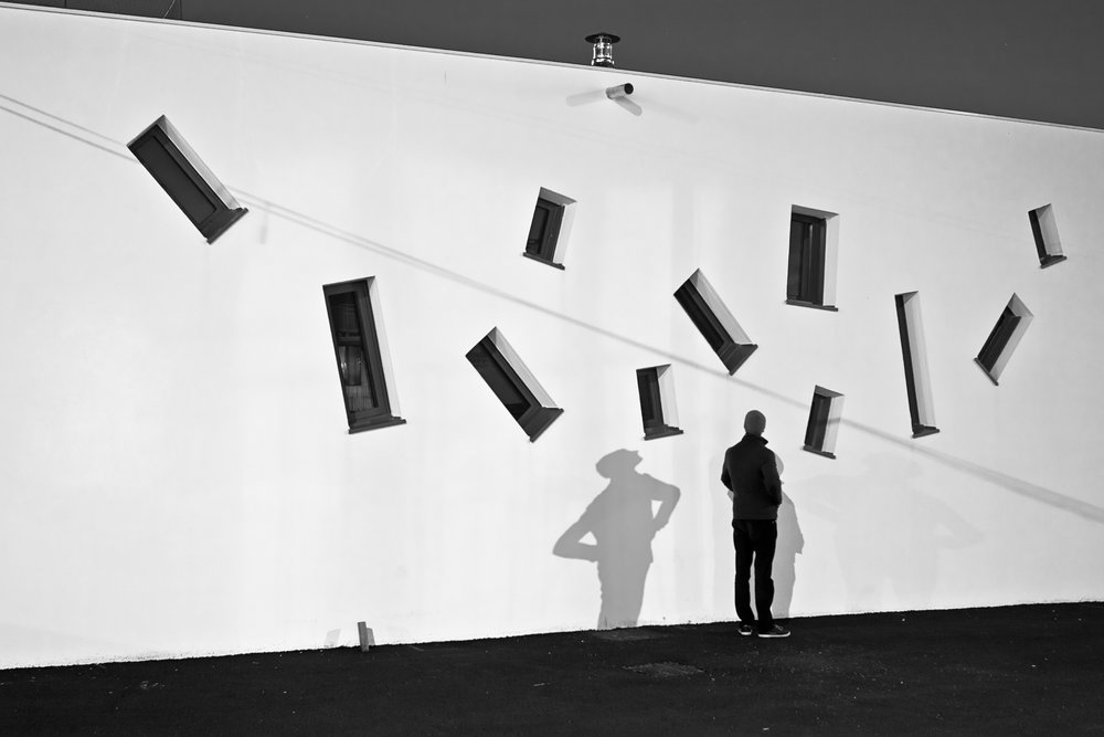 GalerieEstherWoerdehoff_Guillaume-Martial_Parade01-La-Silhouette_2013-2014.jpg