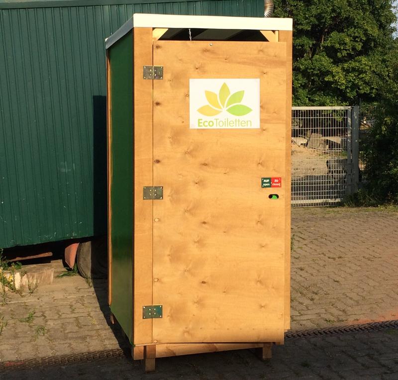 Grüne Toilette.001.jpg