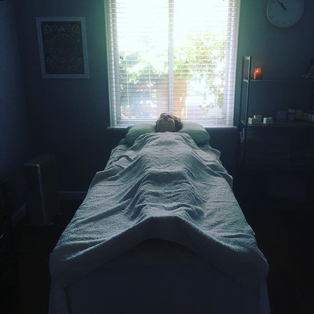 This mornings beautiful massage client ✨ #ayurvedicmassage #abhyanga #destress #relax #bliss #ananda #anandaayurvedicwellness