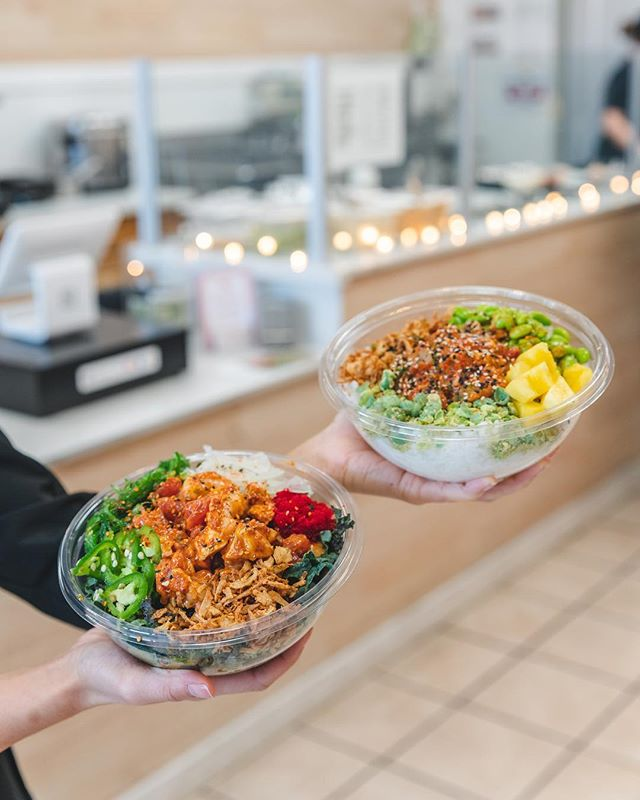 On the second day of Christmas my true love gave to me, two Poki bowls and some fried rice in my BELL-Y! #pokiland #poki #poke #christmas #food #foodie #instaeat #instafood #fresno #clovis #fresnostate #friedrice