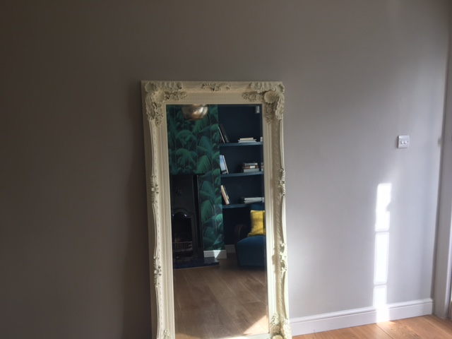 Sitting room mirror.JPG