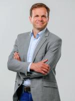 Jānis Stepiņš Vēstures un ekonomikas skolotājs