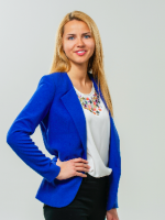 Madara Grenovska  Sociālo zinību un ekonomikas skolotāja