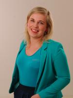 Linda Bajarune Latvijas un pasaules vēstures, kulturoloģijas, politiku un tiesību skolotāja