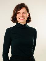 Evija Pumpuriņa  Vēstures, kulturoloģijas un sociālo zinību skolotāja